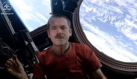 Astronaut covers Bowie on the International Space Station