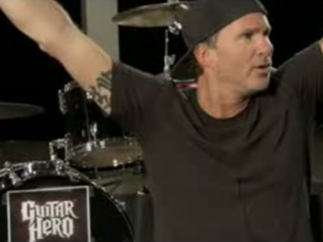 Chad Smith gives it up for a good cause