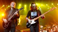 Ask Alex Lifeson and Geddy Lee your questions!