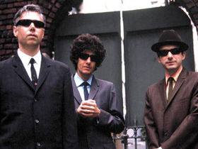 Beastie Boys rock the mics for Obama