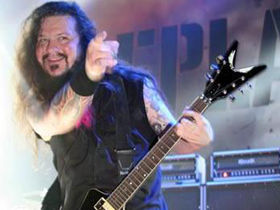 "Ozzfest to feature all-star tribute to ""Dimebag"" Darrell"