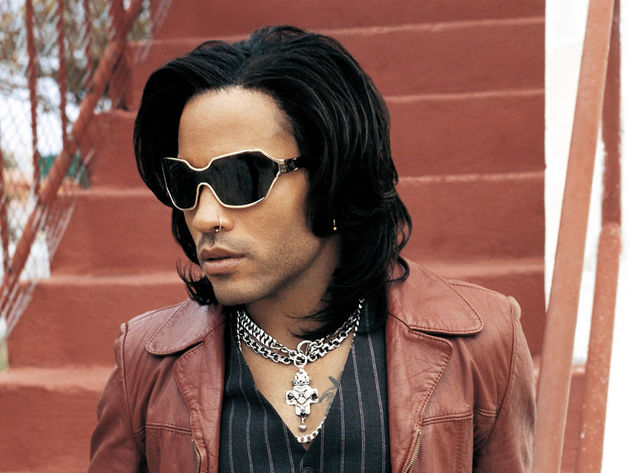 Lenny Kravitz. No, we've no idea what the hell is going on with his hair here either.