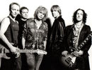 Vivian Campbell: Music piracy is good for Def Leppard