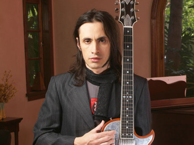 Nuno Bettencourt debuts his signature amp range in January 2009