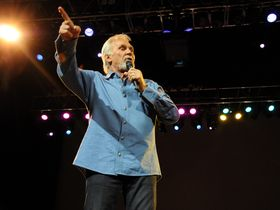 Kenny Rogers five festival performance tips