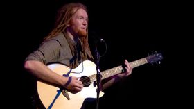 Newton Faulkner talks life in the Studio Zoo