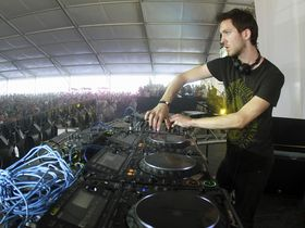 Interview: Calvin Harris on software, hardware and hit-making