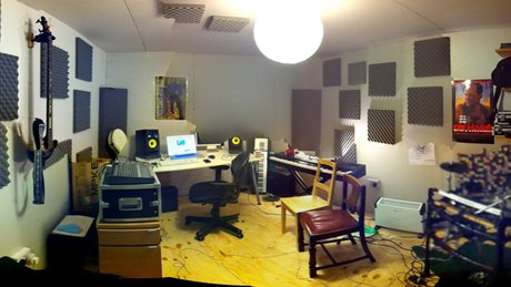Clean bandit studio