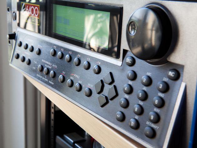 E-MU E6400 sampler
