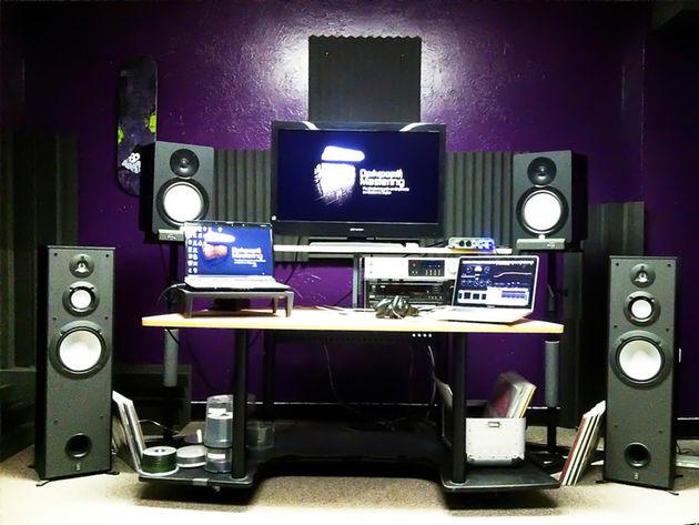 Casey Chapman's mastering studio