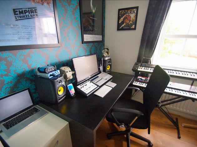 Cathal Goodwin's studio