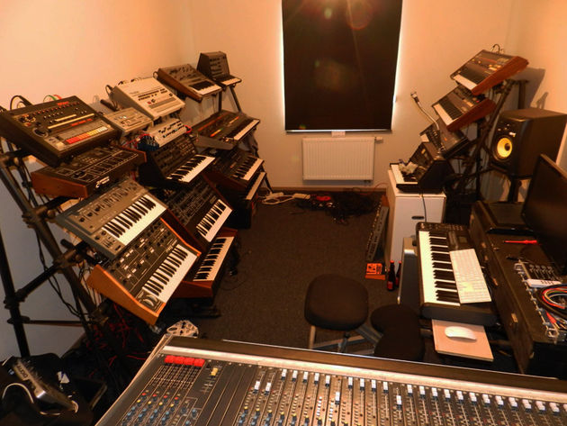 Deafman's studio