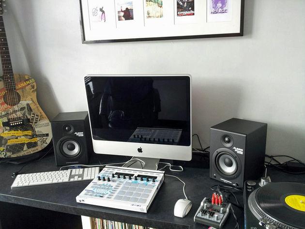 Duncan Deaville's studio