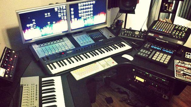 Elie Akl's studio