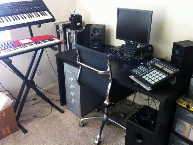 FT13's studio