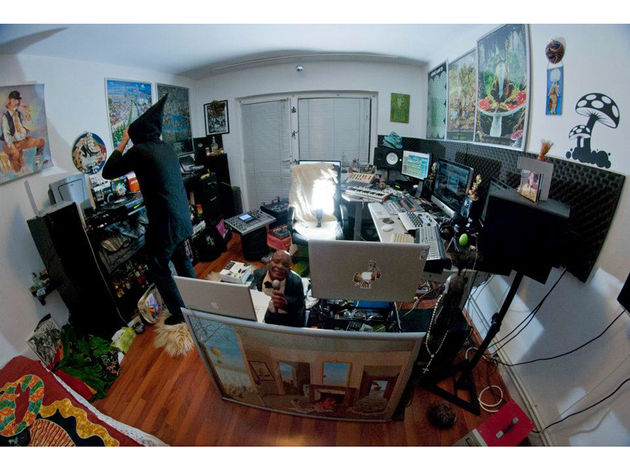Flower Floreoo's studio