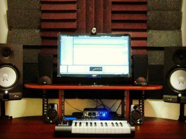 Jason Alvarado's studio