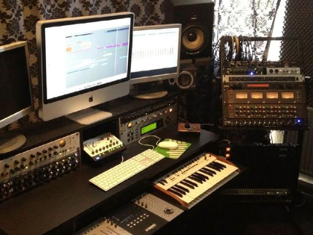Kris O'Neil's studio