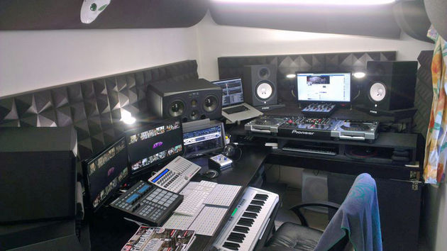 Nick Loud's studio