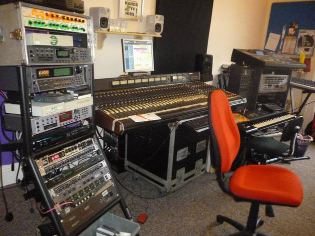 Paul Croan aka Alex Tronic's studio