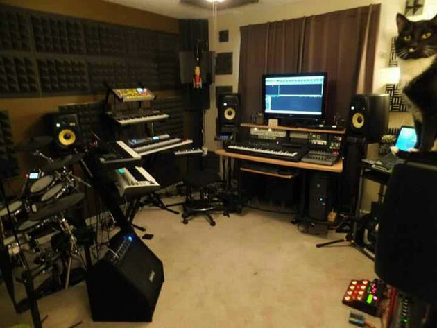 Shawn Lothamer's studio