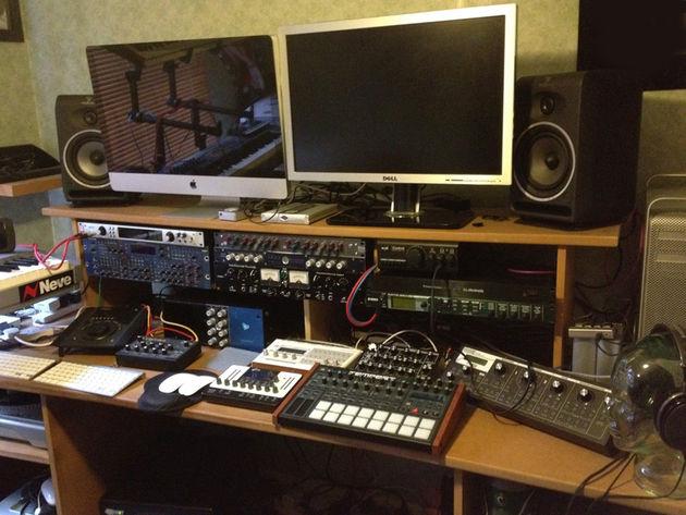 Tank Edward's studio