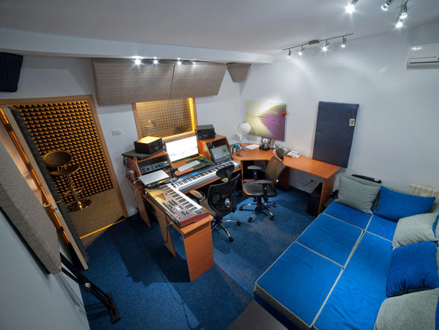 Victor Mihailescu's Infinity studio