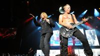 Joe Elliott talks Viva! Hysteria