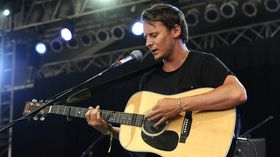 Ben Howard debuts new song