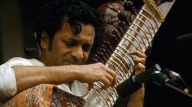 Sitar virtuoso Ravi Shankar dies