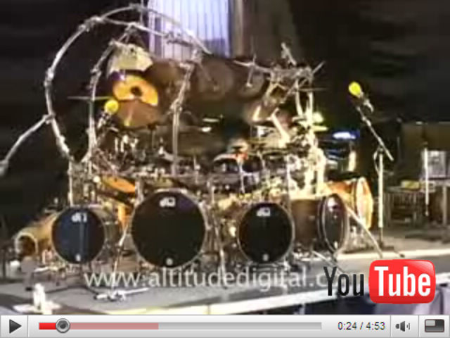 Terry Bozzio has a big drum kit