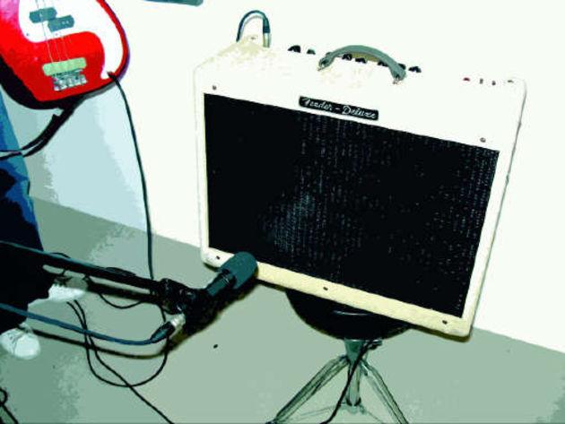 recording electric guitar recording electric guitar guitar tuition musicradar. Black Bedroom Furniture Sets. Home Design Ideas