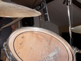 How to mic up a drum kit for recording
