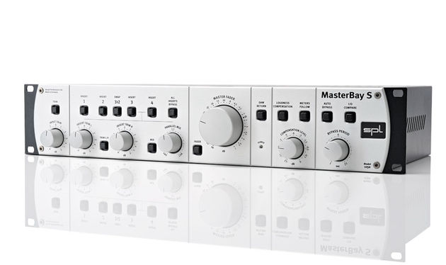 The Masterbay S solves a lot of the niggles common when building analogue processing chains