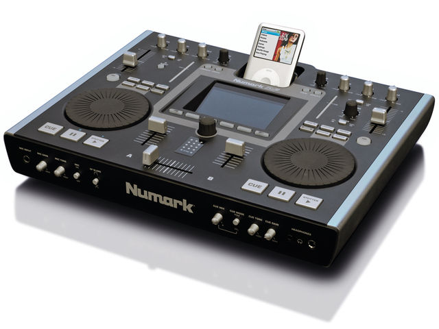 The Numark iDJ2 has a large colour screen