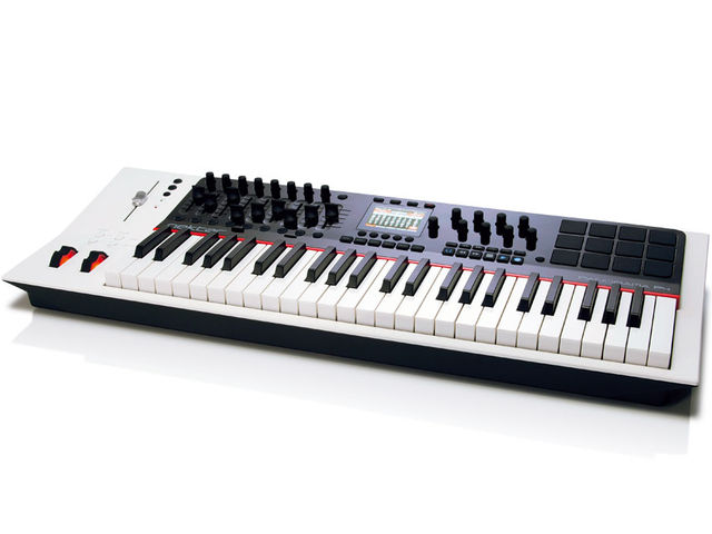 The Panorama P4 is a combined programming, mixing and playing control surface designed very much with Reason in mind