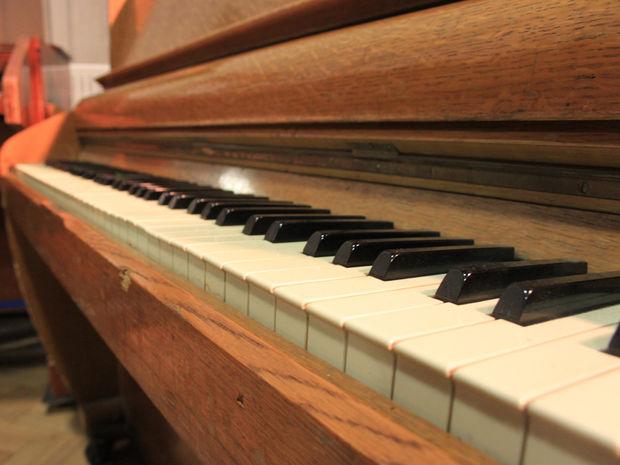 Challen Piano Beatles Challen Piano