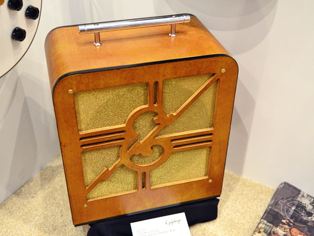 "75th Anniversary ""1939"" Electar Century amp - front"