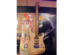 NAMM 2014: Charvel Guthrie Govan Signature launched