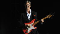 Hank Marvin on the Fender Stratocaster