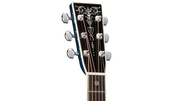 Check out the headstock on this bad boy...