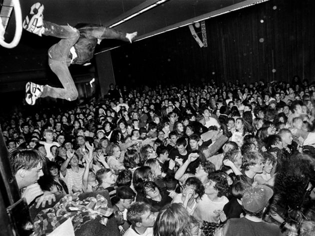 Experiencing Nirvana: stage dive