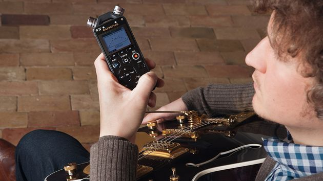 Get your hands on this ultra-handy recorder
