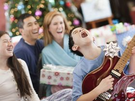 Christmas/holiday 2013 gift ideas for guitarists