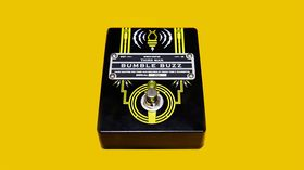 Jack White sort la pédale de fuzz Bumble Buzz