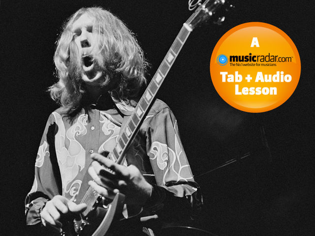 Duane Allman playing live at the Fillmore East