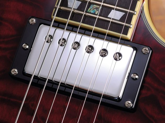 The Seymour Duncan '59 is an ideal pickup for the Custom.