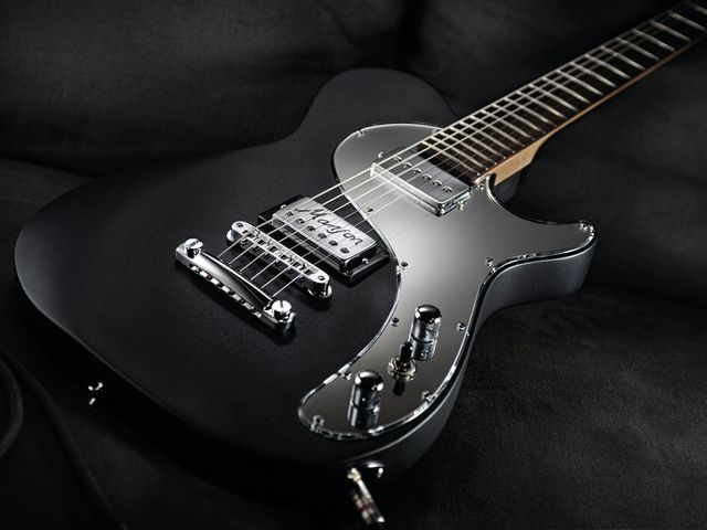 Hugh Manson's signature models are played by the likes of Matt Bellamy and John Paul Jones