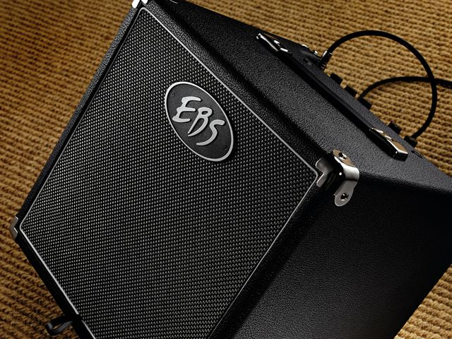 Portability, sounds, price: this amp has it all.