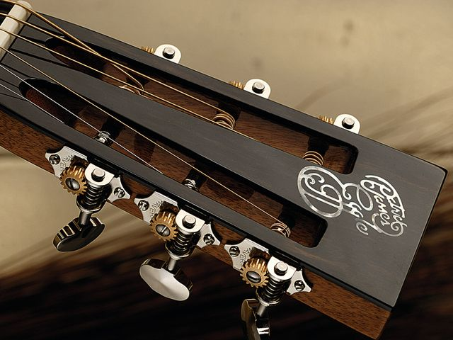 The slotted headstock is capped with quality rosewood.